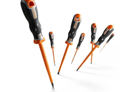 Irazola Tekno Screw Drivers Propped Up At Different Angles