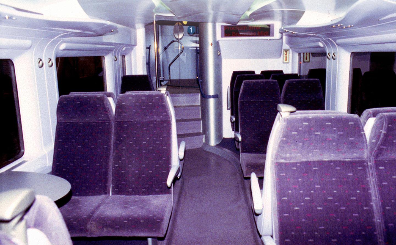 trains for sncb dca design international. Black Bedroom Furniture Sets. Home Design Ideas
